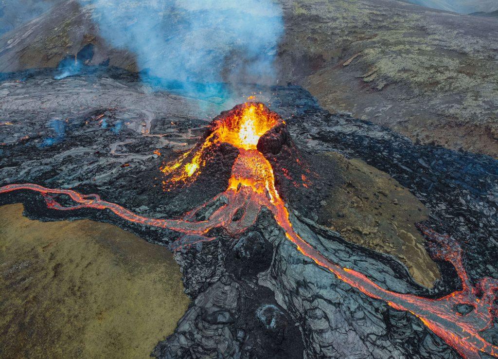 アイスランド 火山噴火